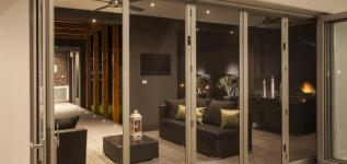 Coolum Supascreen Bifolds